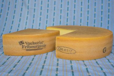 accueil-galerie-photos-laiterie-fromagerie-du-paquier-gruyere-fribourg